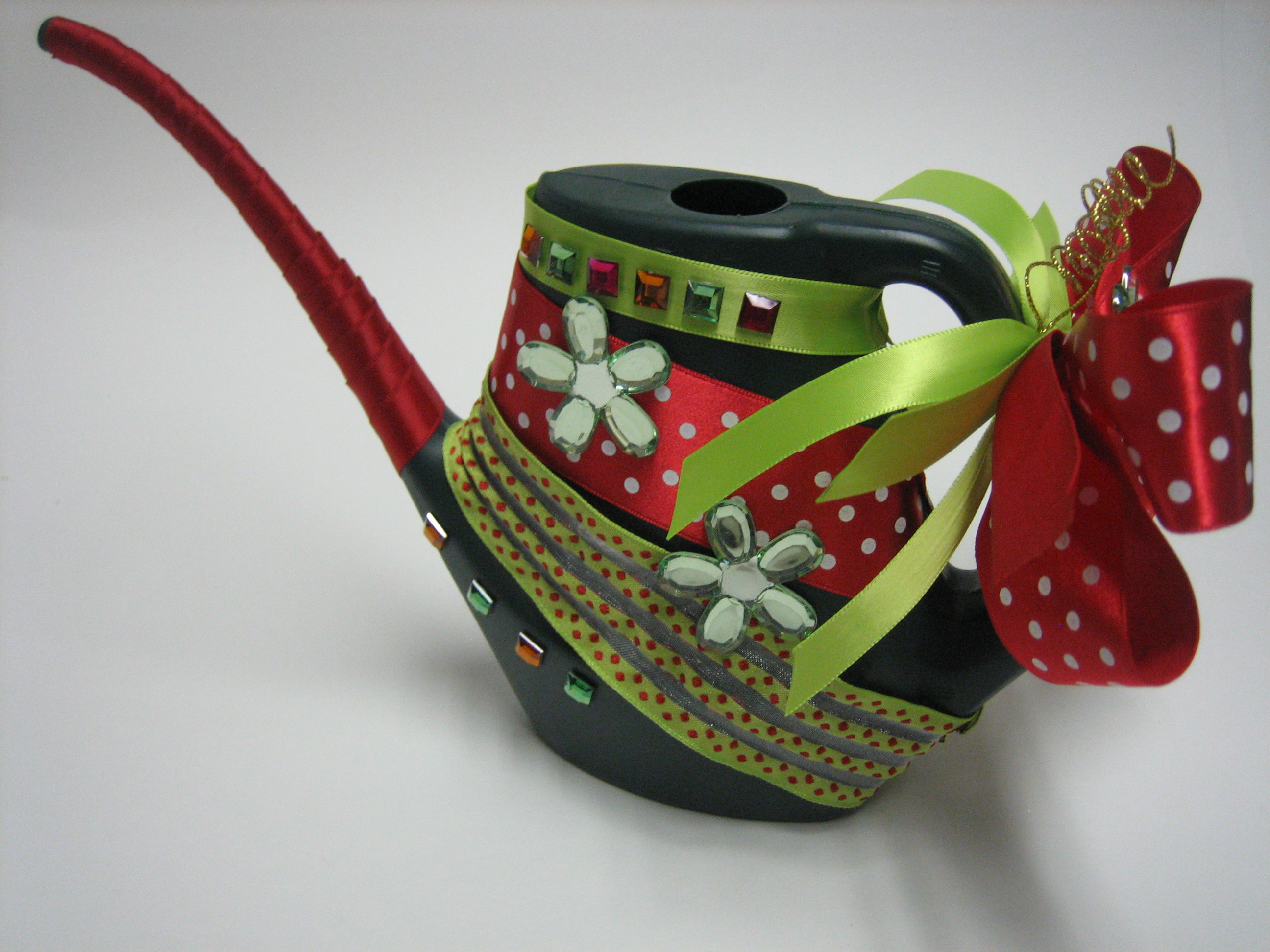 Xmas Tree Watering Can - how to make professional bows